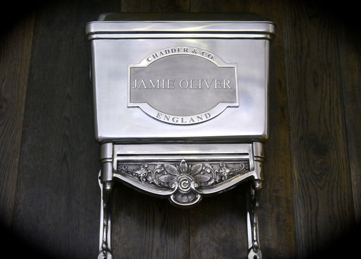 Luxury high or low level toilet. Chadder & Co's bespoke Blenheim Toilet for Mr Oliver. #oliver #luxurybathroom #luxury #bath #toilet #bespokecistern #toilet #cloakroom #chadder #luxurybathroom #luxurytoilet #love #cistern #bespokecistern #highleveltoilet #loo #sink #basin #taps #nickeltap #interior #interiordesign #bathroomdesign #design