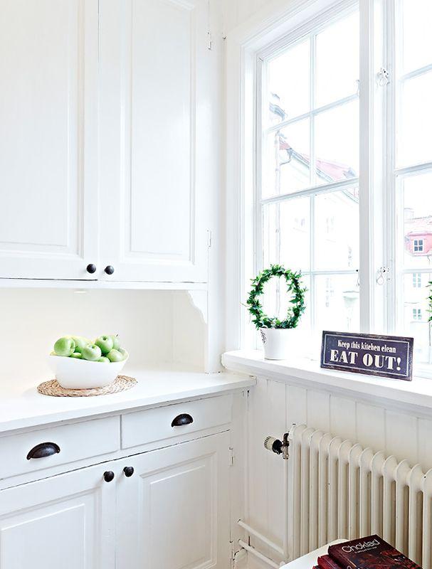 Small Cute Swedish Apartment