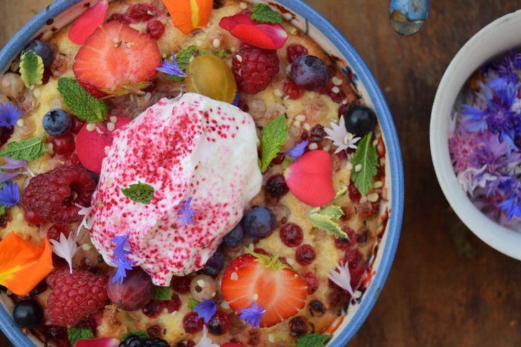 Jogurtový koláč s rybízem