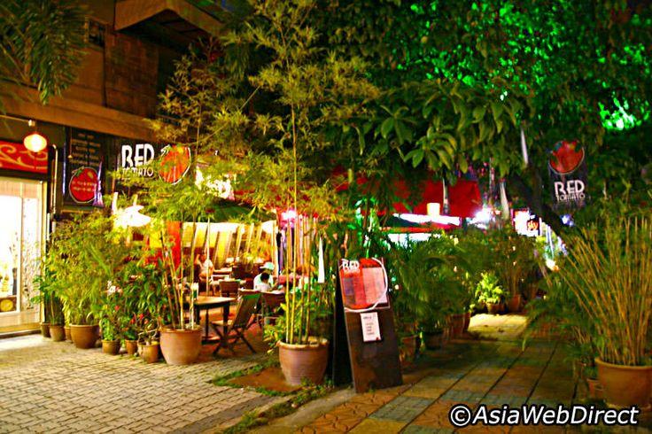 Pantai Cenang Restaurants - Where and What to Eat in Pantai Cenang