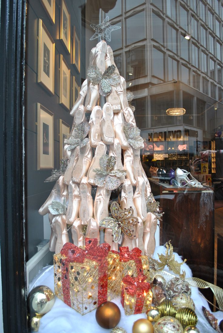 Freed of London's Christmas Pointe shoe tree! #pointeshoes #tree #christmas #ballet