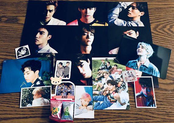 Kpop Goodie bags are theme based on the KPOP group EXO each bag will include a random selection of variety items such as: 1 Random Poster, 3 Random Photo Cards/Message Cards, 3-4 Random Stickers, 2 Random Photos, 1-2 Postcards, Random Stationary Item #exo #exol #baekhyun #kpop #music #bags #etsy #shop