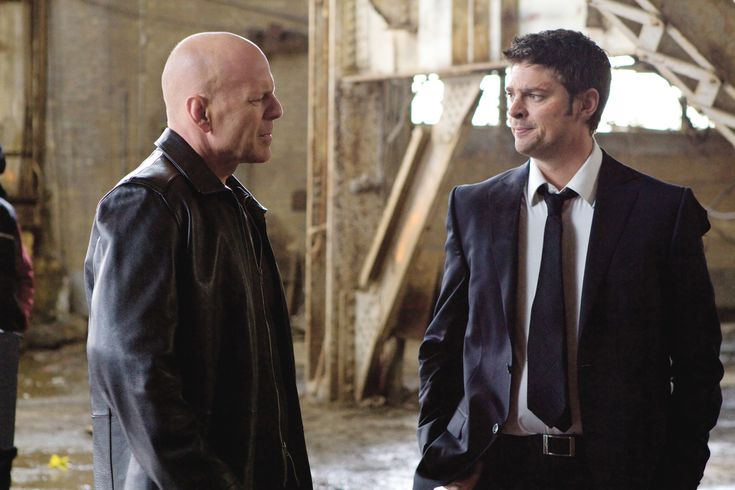 Red Movie Bruce Willis | Red_Movie_Image _Bruce_Willis_Karl_Urban