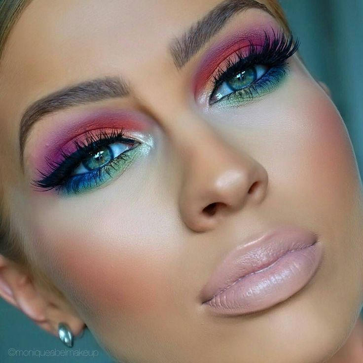 Color  @moniqueabelmakeup #mua #makeup #makeuplover #mootd #motd #makeupgoals #makeupjunkie #makeuponfleek #makeupaddict #makeupartist #slay #beauty #themakeupvault by themakeupvault