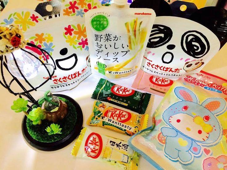 Приходите к нам за волшебными штучками  мы вас ждём  лампа Тоторо 1090 печенье панда  179 соус Баня 189 конфеты Китти 249 кит кат малина и зелёный чай 65 тыквенный пудинг и японская водка саке  85 #wanttasty #вкусняшки #сладости #сладостиизевропы #сладостиизамерики #японскиевкусняшки #тоторо #стич #панда #магазинкрутыхштук #wanttasty