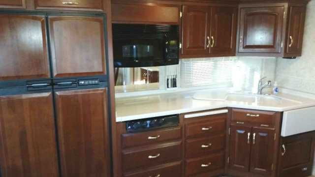 2005 Used Newmar Kountry Star 39 Class A in Arizona AZ.Recreational Vehicle, rv, 2005 Newmar Kountry Star 39 ft, Excellent condition! (Model 3907) 78,000 miles. 3 slide outs, Fully Furnished, Cherry Cabinetry, Corian Counters, 3 burner stove, Microwave/convection Oven, 4 door Refrigerator with icemaker, Computer desk, Dinette w/ 4 chairs (2 folding) Sleeper Sofa & Queen Bed, 24 and 32 flat screen TVs w/ booster, Fantastic Fan with Rain Sensors in kitchen and bathroom, Large Shower, 10 gal…