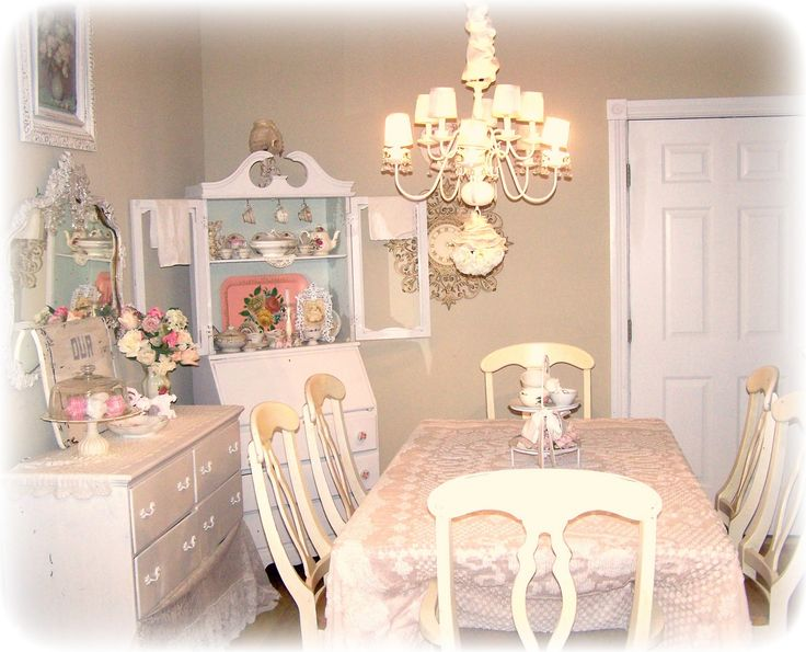 1000 ideas about shabby chic dining on pinterest dining room sets dinning table and calming Shabby chic style interieur