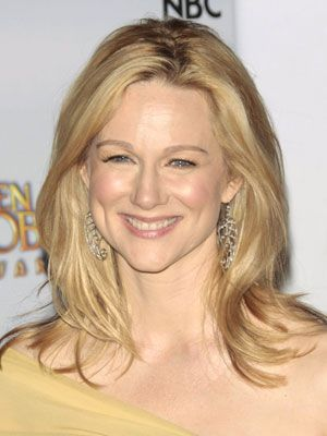 Laura Linney Hairstyles - January 11, 2009 - DailyMakeover.com