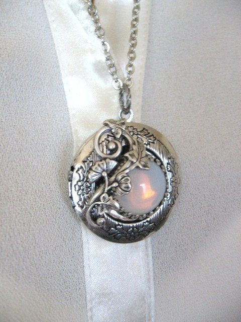 17 Best Ideas About Moonstone Jewelry On Pinterest