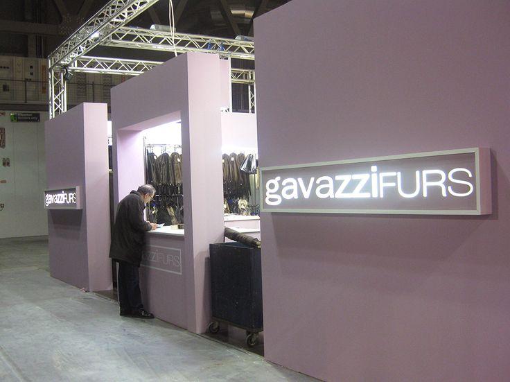 Allestimento stand GavazziFURS per MIFUR Milano by Emanuela Terraneo in collaborazione con Chiara Mottadelli www.emanuelaterraneo.com