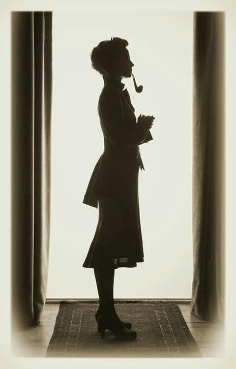 Miss Peregrine Silhouette #staypeculiar