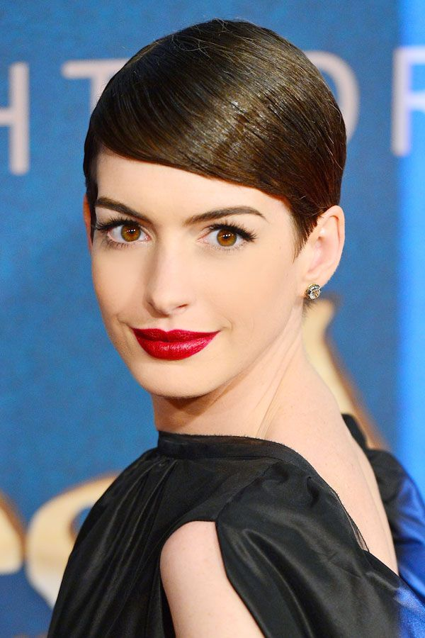 Hbz Beauty Secret Anne Hathaway 1212 Xln Jpg 600 215 900