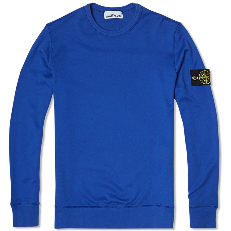 Stone Island have expertly combined their technical approach to materials and dying processes to create this lightweight Crew Neck which has become an absolute staple for the brand. This garment dyed, cotton jersey sweatshirt integrates an elasticated panel running along the inside sleeve, underarms and side seams for comfort and to aid ease of movement and is finished with the classic Stone Island detachable compass logo badge at the arm.  100% Cotton Fleeced Jersey Fabric Garment Dyed…