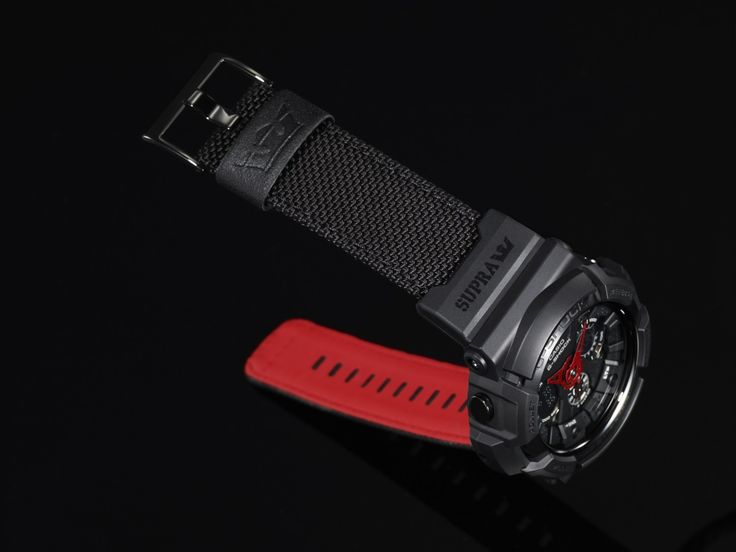 The band is made of a special type of nylon material that lets it stand up to the action on the skateboard scene. G-Shock Supra Limited Edition GA-200SPR-1A.