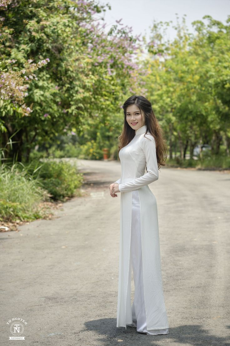 231 Best Sexy Girls Images On Pinterest  Ao Dai, Asian -5797