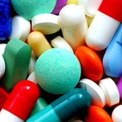 Nouveaux médicaments : souvent autorisés sur la base de données peu probantes (Prescrire)