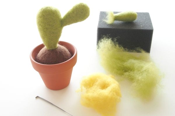 Needle Felting Kit : Felted Cactus Succulent Plant : www.theMagicOnions.com/shop