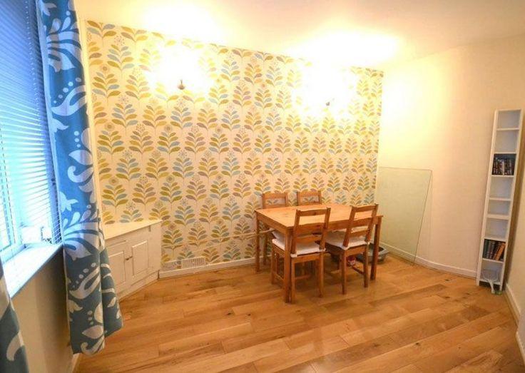 La antigua casa del legendario cantante de Joy Division, Ian Curtis está a la venta en Rightmove.