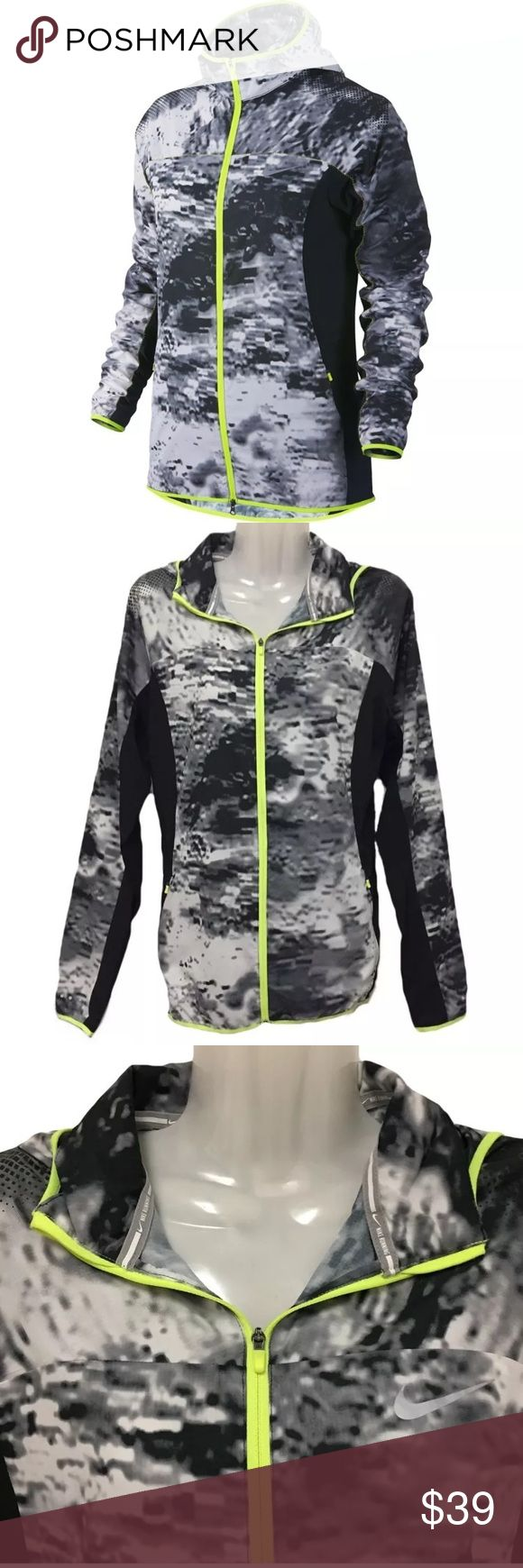 """Nike M Packable Running Trail Kiger Jacket Jacket is """"like new"""" condition. Made of SUPER lightweight ripstop material and Dri-FIT fabric for wind resistance to keep you cool and dry. Features Zippered pockets, full zip in contrast neon yellow color. Stretch panels at sides and under the arms for non restrictive comfort. Reflectors on arm, lower back and Nike logo on front. You can pack the entire jacket into one of the pockets for custom carrying.  Approximate Measurements: Chest: 18""""…"""
