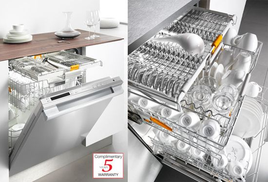 Miele Dishwasher with configurable trays and brilliant interior lights , this dishwasher is one of a kind! It also cleans really well! #appliances #kitchen