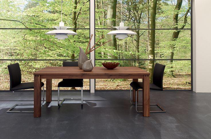 die besten 25 h lsta esstisch ideen auf pinterest esstisch holz tv wand und beton esstisch. Black Bedroom Furniture Sets. Home Design Ideas