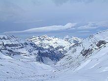 La estación de esquí de Aramón Formigal está situada en el municipio pirenaico de Sallent de Gállego, en el paraje de Formigal, junto a la urbanización del mismo nombre, en Huesca.