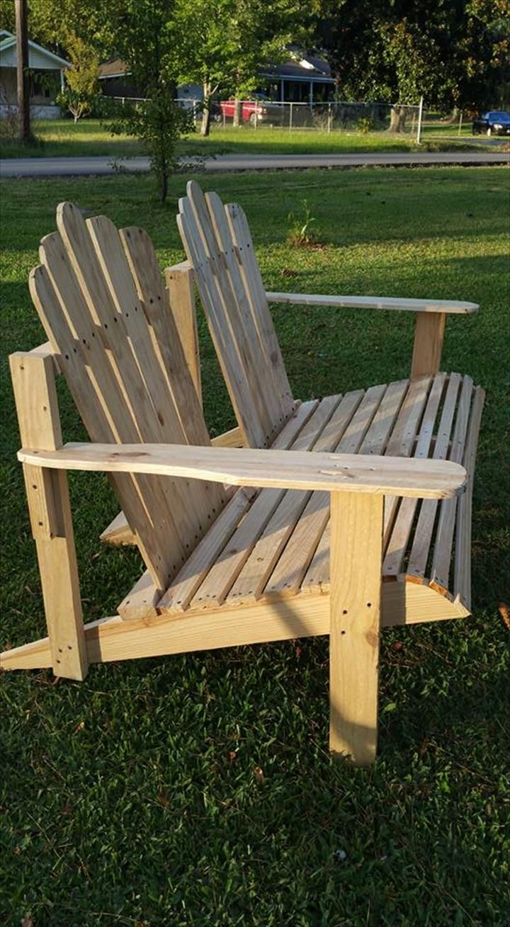 Diy comfortable pallet adirondack chair 101 pallets - Diy Adirondack Wooden Pallet Bench 101 Pallet Ideas