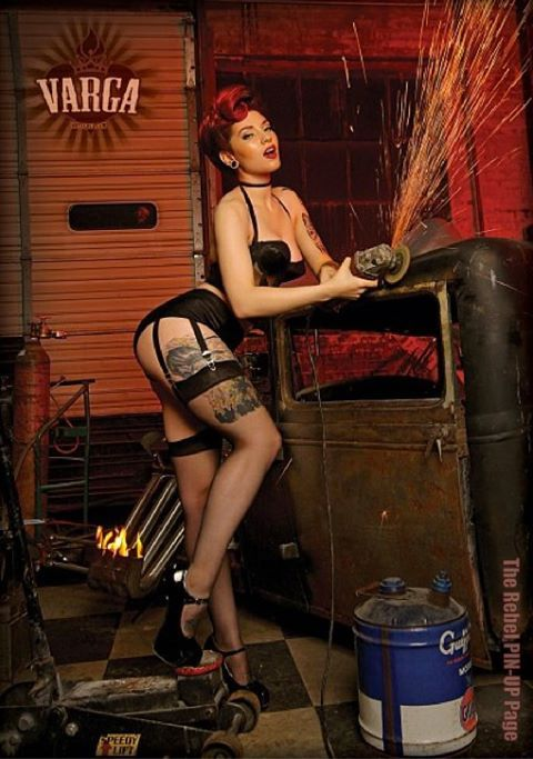 Pin and rods hot up vintage girls