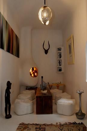 moroccan-african-seating-area-cavern