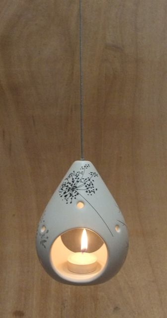 Pear Shaped Hanging TL Holder