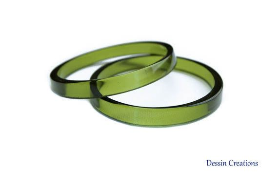 Bottiglia di vino bracciali, gioielli Upcycled, riciclata braccialetti di vetro, verde smeraldo, bracciali, Eco regalo, Dessin creazioni di impilamento