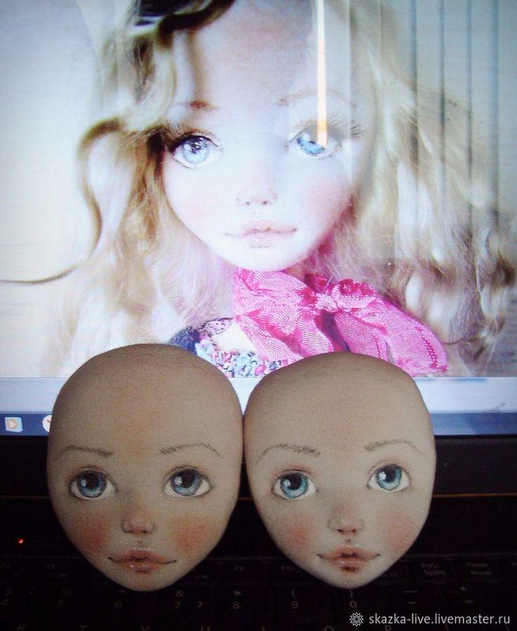 «Много мастер-классов по созданию кукольного личика не бывает» — подумала я и решила выложить те несколько фотографий, которые делала для себя. Это один из самых простых способов сделать красивое личико куколке, но получается очень выразительно, как мне кажется (уж простите меня за нескромность:) Первым делом шьем основу: это любая выкройка головы тыквоголовки — все зависит от того, что витает в…