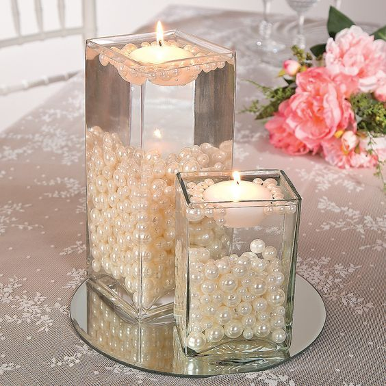 Easy Pearl Bead Centerpiece Idea / http://www.deerpearlflowers.com/floating-wedding-centerpieces/2/
