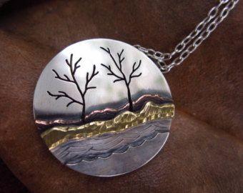 De pie árboles metales mezclados Costa colgante y cadena por LMArts