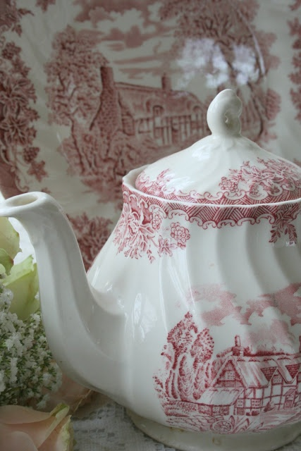 Aiken House & Gardens: Transferware Teapots