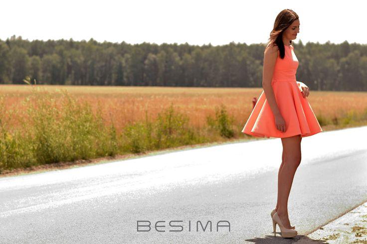 Beautiful dress. Photo session for the shop Besima.pl Piękna sukienka z sesji zdjęciowej sklepu Besima.pl  Model: Dominika http://besima.pl