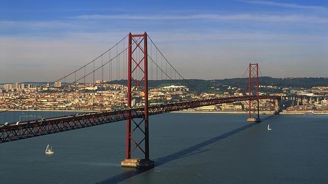 Puente 25 de abril. Lisboa
