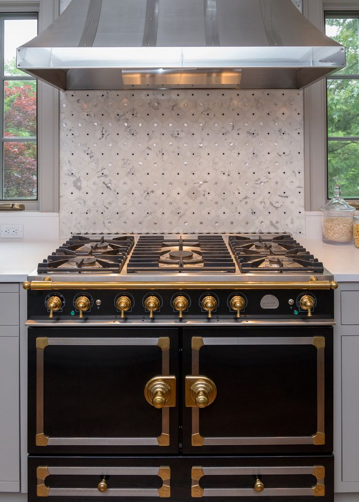 get inspiration and kitchen design ideas from these stunning professionally designed kitchens the finalists in the national kitchen and bath