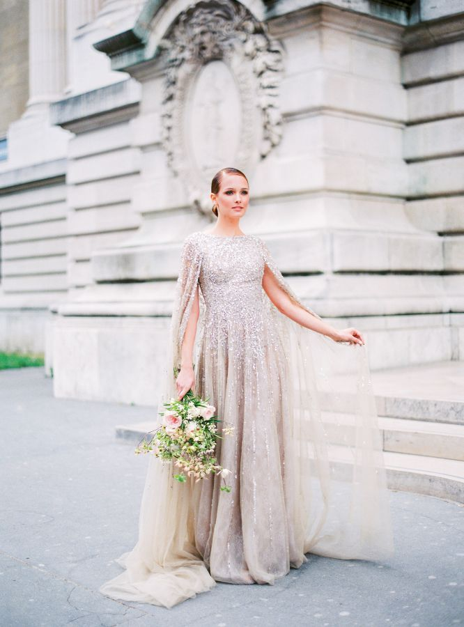 This stunning Parisian inspiration photo shoot from Le Secret d'Audreyand Vanessa & Caroline all started with a Krikor Jabotiandress, and oh my goodness, is it a dress. I'm not usually a beaded gown type of girl, but the Lebanese designer's dreamy