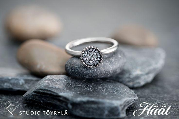 Halo-sormus, Oz Jewel. Design Vesa Nilsson. Halo on vuoden 2016 kaunein sormus -kilpailun finalisti. www.ozjewel.com/