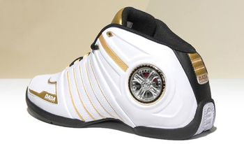 Latrell Sprewell Nike Shoes
