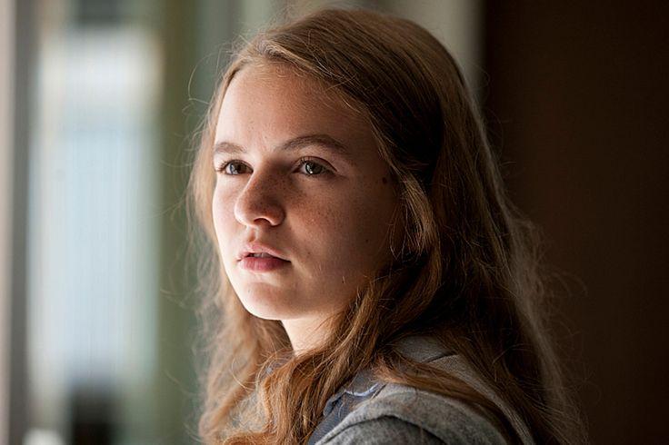 Dana Brody daughter on homeland series. Morgan Saylor