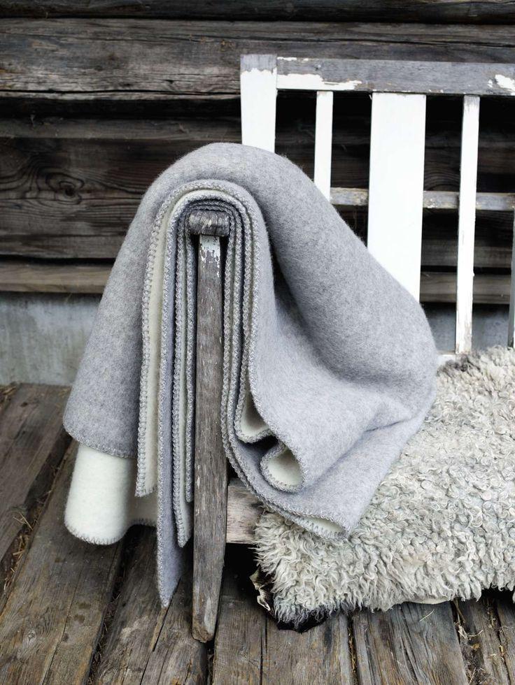 Røros tweed stemor grått pledd