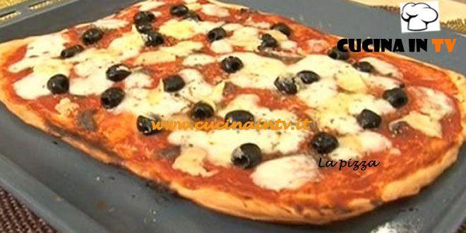 Pizza ricetta Cotto e Mangiato | Cucina in tv
