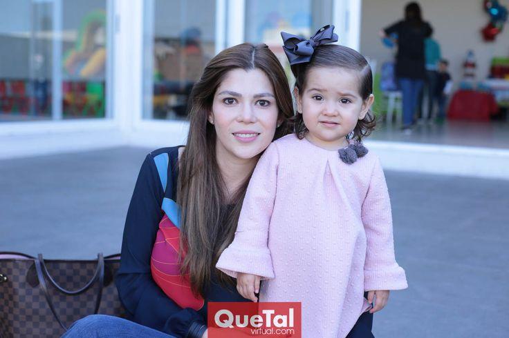 Imelda e Isabela Garza.
