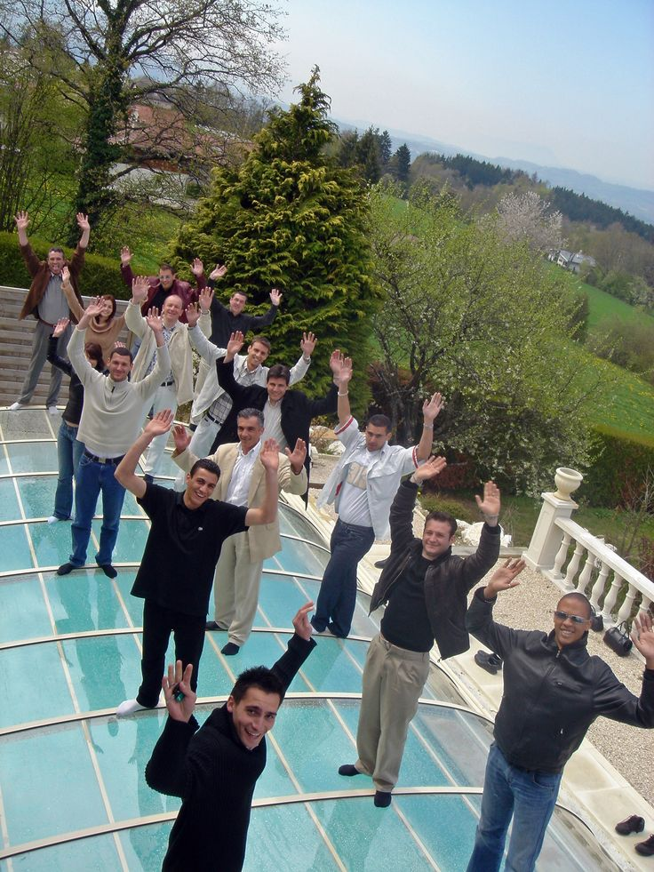 Pool cover crash test - no need to see more. 14 people standing on a pool enclosure!  http://enclosure.guru/pool-covers/