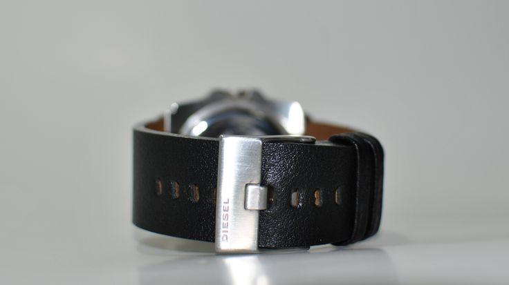 Curea de ceas disponibila pe comanda, pentru ceas marca DIESEL. Ambalaj gratuit pentru fiecare produs comandat! Pentru comenzi: cureledeceas@gmail.com. sau sunati la 0737 472 022. /Leather watch strap available on order. For inquiries, please call 0737 472 022 or kindly send e-mail to: cureledeceas@gmail.com. Like it? Pin it!