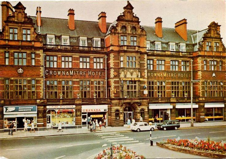 Crown & Mitre Hotel - Carlisle - Cumberland - Postcard 1975