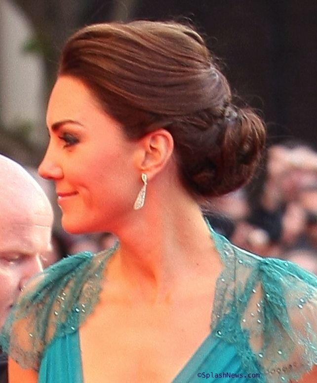 Love the hair! The dress is also my dream wedding dress (but in ivory). :)     Kate Team GB Teal Jenny Packham Head Shot Splash News May 11, 2012