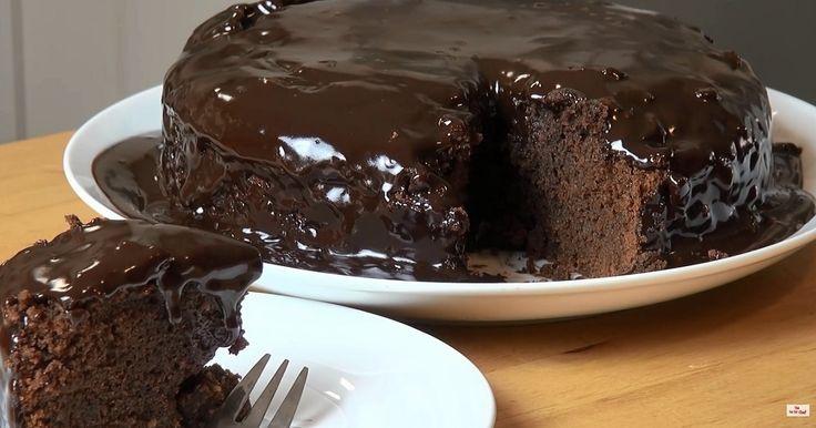Un gâteau fait dans une casserole du début à la fin !